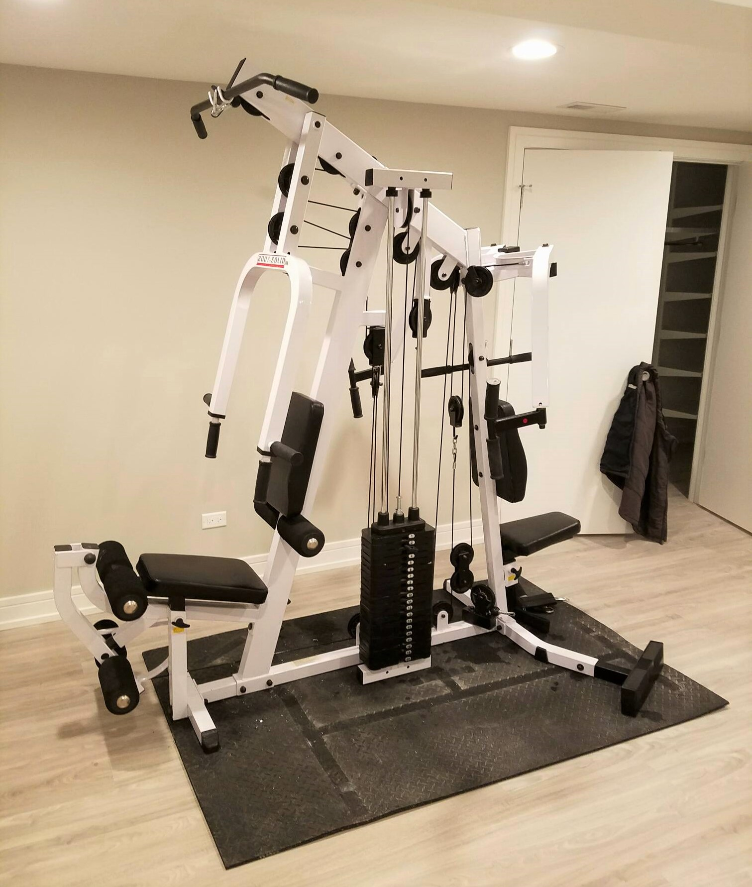 relocation of fitness equipment in northbrook il transmotion. Black Bedroom Furniture Sets. Home Design Ideas