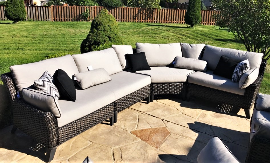 Delivery Assembly Of A Patio Furniture Set In Aurora Il
