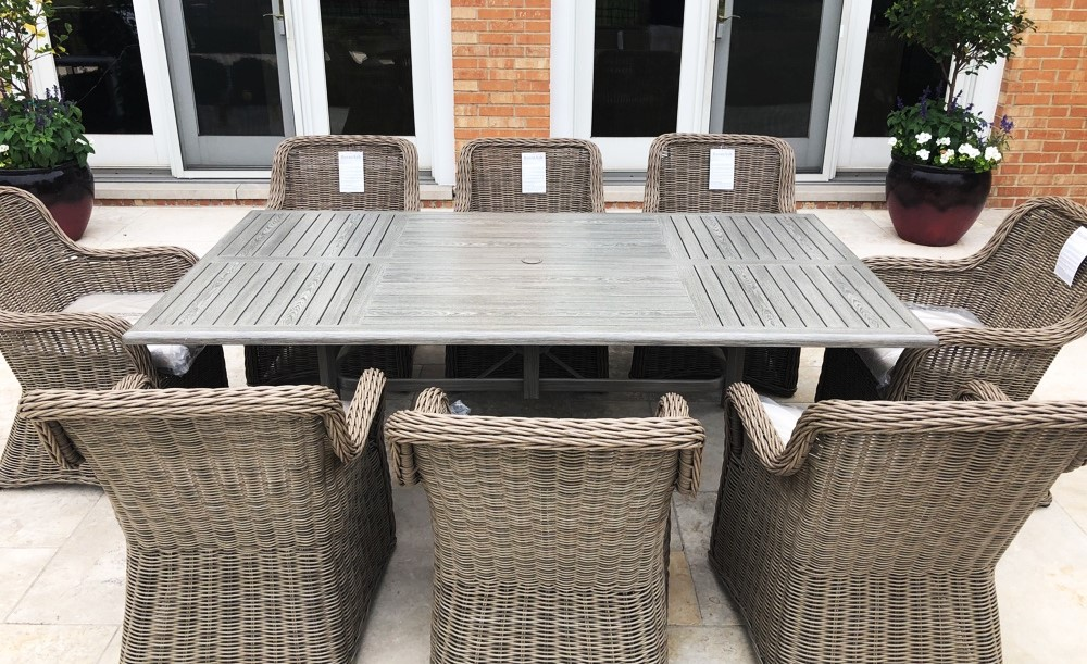Transmotion Delivered And Installed A Patio Renaissance South Bay Collection Set Of 8 Dining Chairs 44 84 Table In Barrington Il