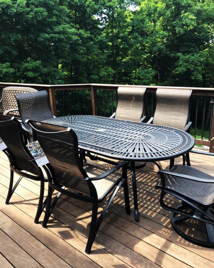 Delivery Installation Of Tropitone Patio Furniture In Algoquin Il