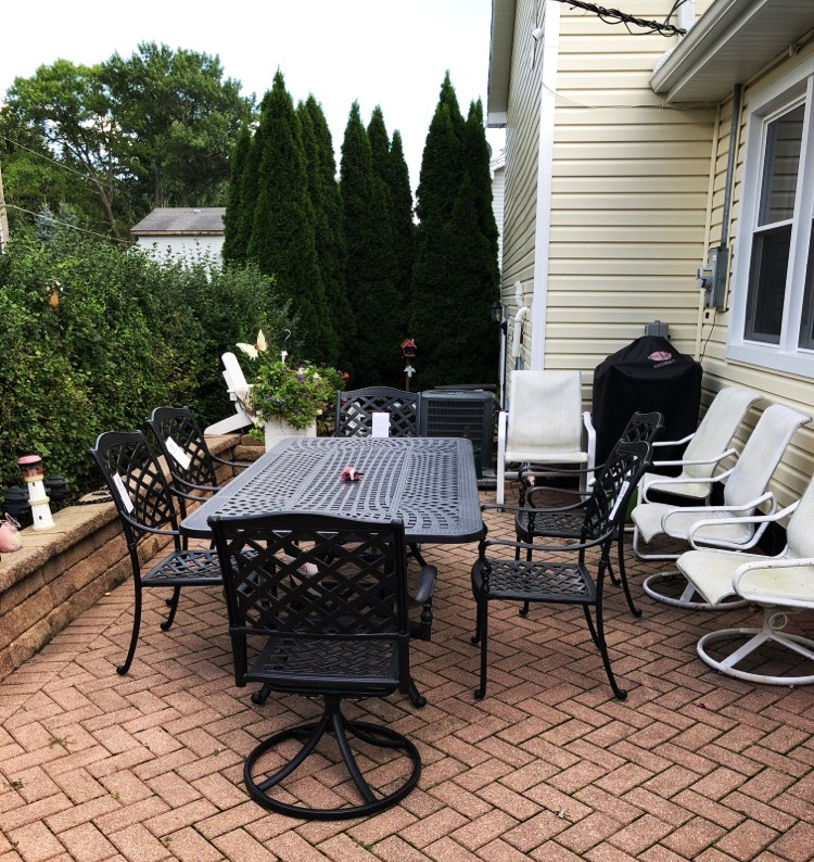Delivery Amp Assembly Of A Patio Furniture Set In Mchenry