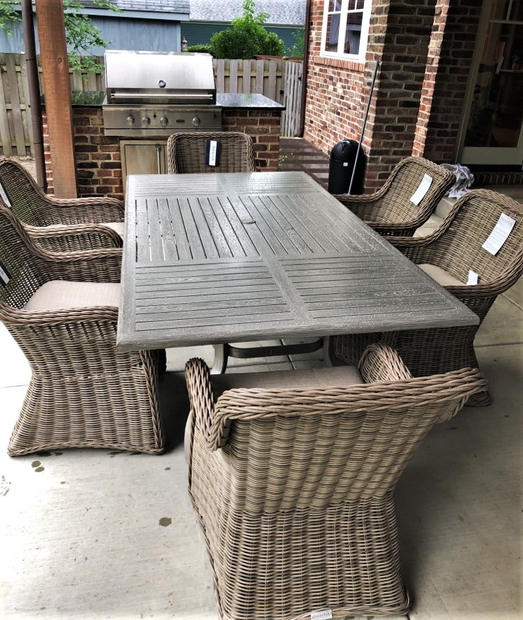 Transmotion Delivered And Installed A Patio Renaissance South Bay Collection Set Of 6 Dining Chairs 44 84 Table In Northbrook Il